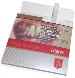 Selon les avocats des cigarettiers, l'invention des cigarettes légères prouve que l'industrie du tabac a répondu aux préoccupations sur la santé qu'avaient certains fumeurs.