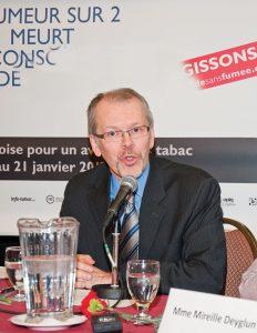 « Leur premier objectif n'est pas d'améliorer la santé publique ou de réduire le taux de tabagisme, mais de diversifier leurs marchés et d'augmenter leurs profits. » - Mario Bujold Directeur général du Conseil québécois sur le tabac et la santé